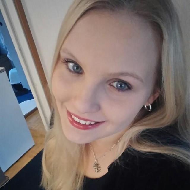 nainen etsii miesta seksiseuraa
