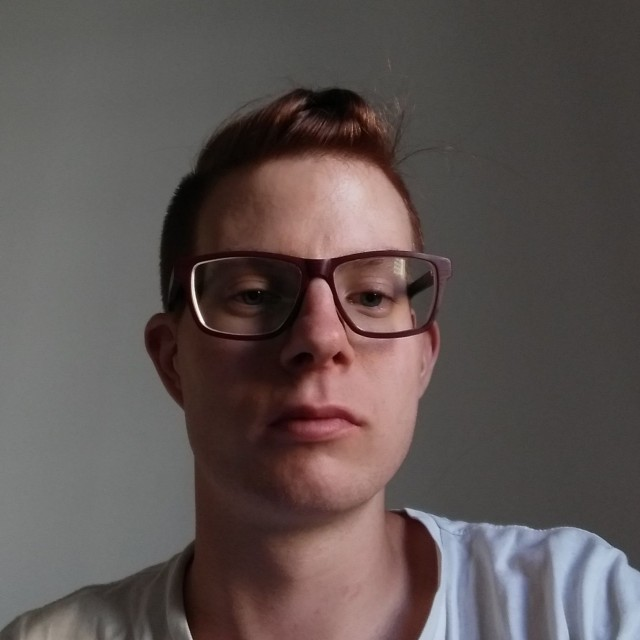 SEKSIÄ JULKISELLA PAIKALLA VIDEO