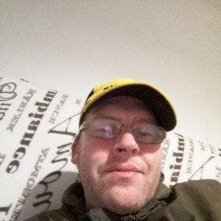 mies etsii seuraa netistä gmail login suomi